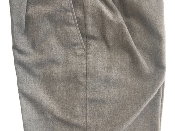 """Selling with online payment: Grey Shorts W28"""""""