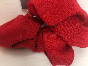 Selling with online payment: Hair scrunches