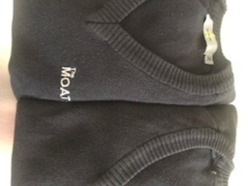 Selling with online payment: Moat School Pullover - size 28 bundle