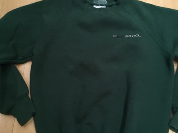 Selling with online payment: Moat School PE Sweatshirt GREEN Child XL/Age 9-10