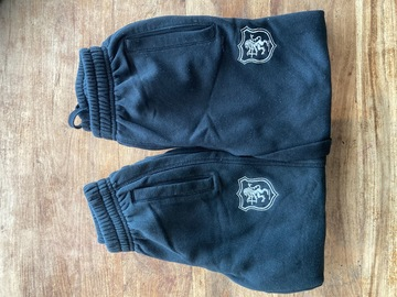 Selling with online payment: 2x SHPP Joggers age 5-6 years