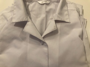 Selling with online payment: White shirts - Age 10 x 4