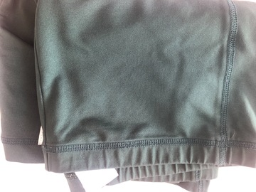"""Selling with online payment: Green Shorts - 34/36"""""""