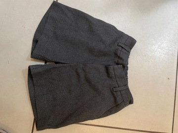 Selling with online payment: Grey Shorts John Lewis - Age 6