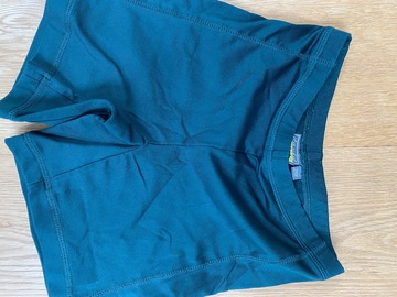 """Selling with online payment: Green Shorts - 26/28"""" (70cm)"""