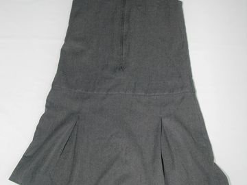 Selling with online payment: Grey Pinafore 7-8years M7S