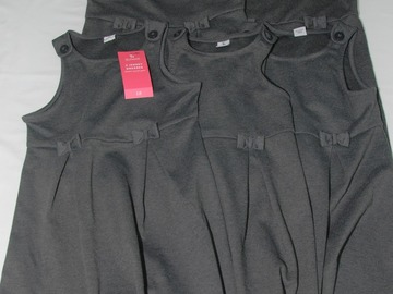 Selling with online payment: Grey Pinafore 5years 5pack