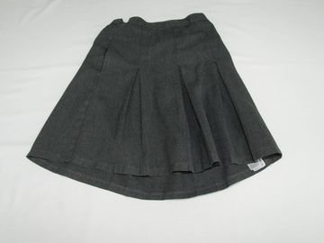 Selling with online payment: Grey Skirts M&S 8years